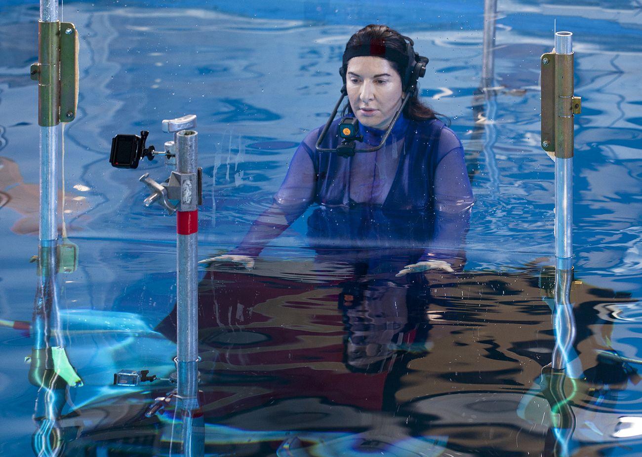 Renata Morales e Marina Abramović in mostra a Venezia
