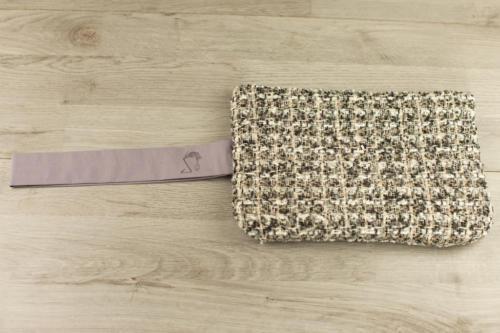 Pochette personalizzata lana scozzese marrone e dorata con scritta