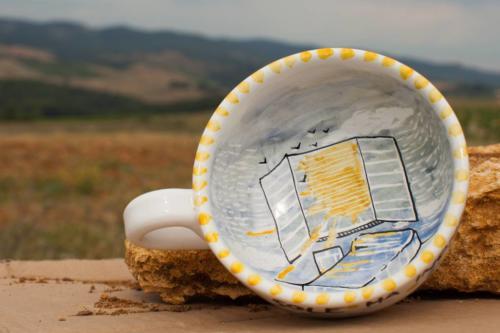 Tazza da tè dipinta a mano